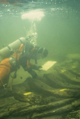 Man er klodset i en dykkerdragt! © Vikingeskibsmuseet.