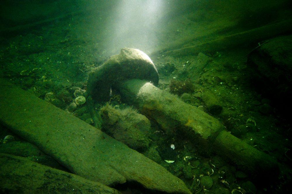 Akse og hjul fra rapert. Foto: Morten Johansen, Vikingeskibsmuseet