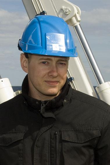 Sven Barlev: Erhvervsdykker hos JD-Contractor. Skibets Fitness-instruktør.