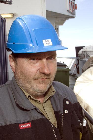 Hans J. Niclasen: Maskinmester på VINA