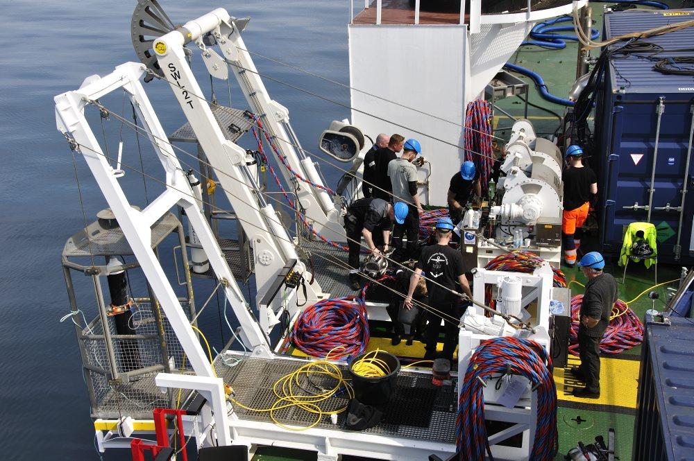 De to dykkerkurve, der fører dykkerne de 24 meter ned til skibsvraget. Foto: Morten Johansen, Vikingeskibsmuseet.