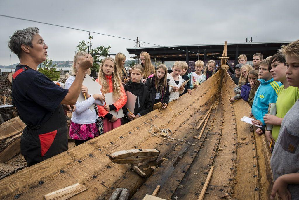 Lad skolebørnene på mellemtrin erfare og udforske vikingetiden hos os