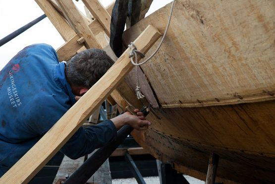Skuldelev 3 Revisited - a new Viking ship is being built at the Viking Ship Museum's boatyard. Construction will be completed in September / October 2021.